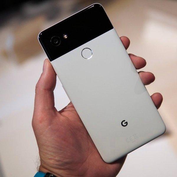 Google,Pixel,Android,смартфон, Google показала смартфоны Pixel 2 и Pixel XL 2
