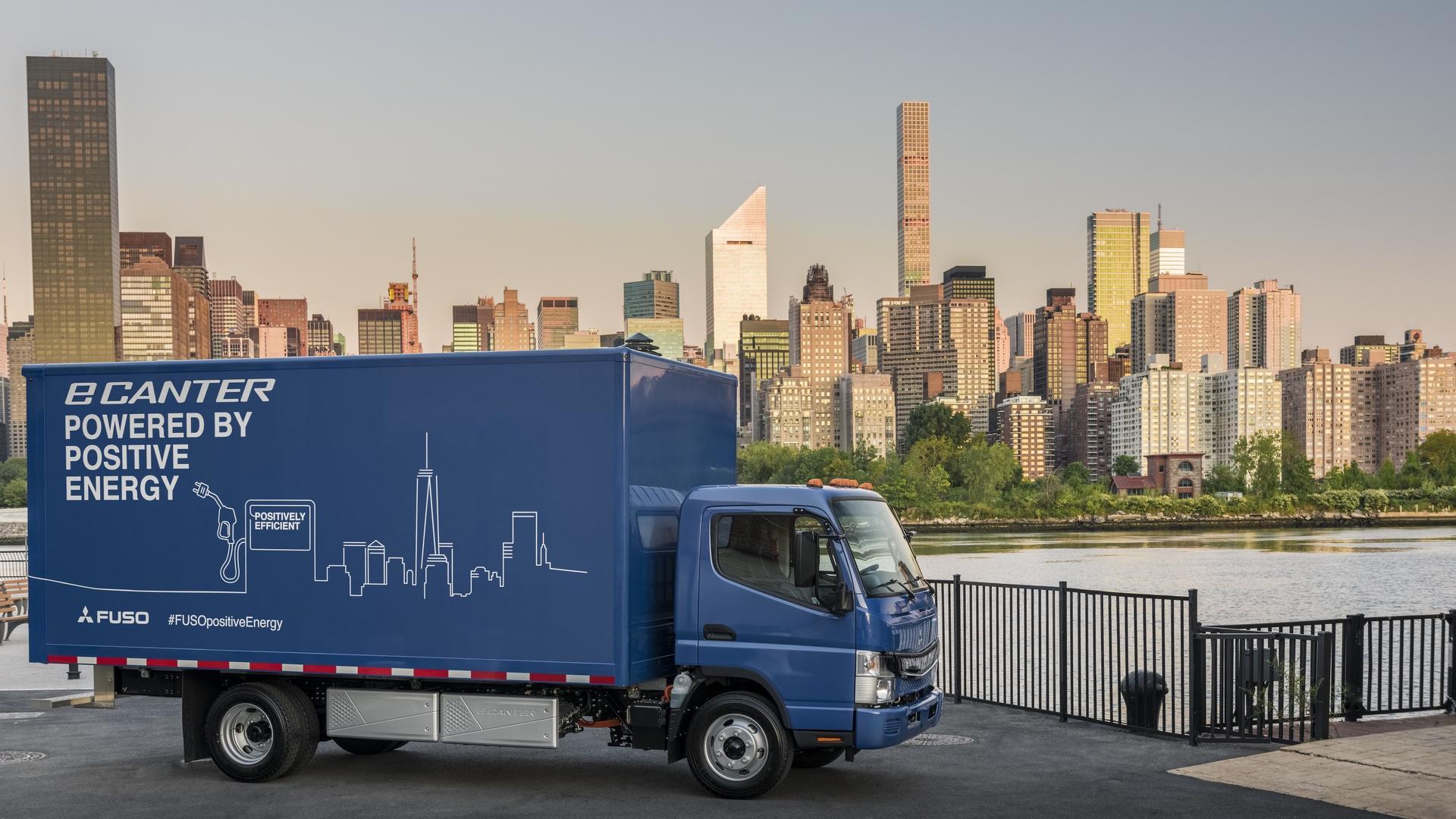 Mitsubishi Fuso eCanter - первый полностью электрический грузовик в Европе